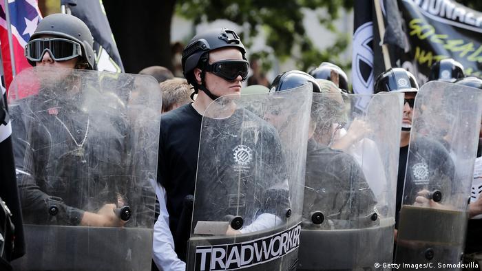 USA Virginia - Ausschreitungen nach Demonstrationen