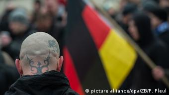 Anti-refugee march in Germany (picture alliance/dpa/ZB/P. Pleul)