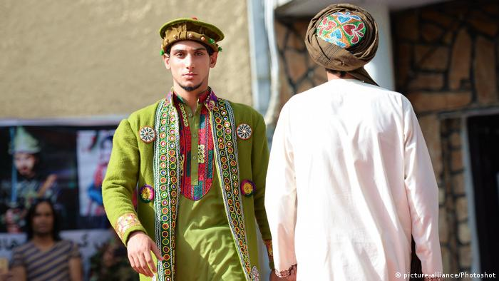 AFGHANISTAN-KABUL-FASHION SHOW (picture-alliance/Photoshot)