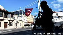 Türkei Polizist in Istanbul