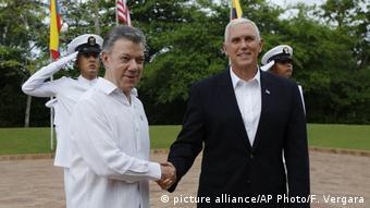 Juan Manuel Santos e Mike Pence em Cartagena, na Colômbia