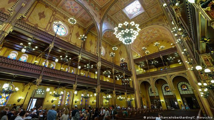 Budapest Dohany Street Synagoge (picture alliance/robertharding/C. Morucchio)