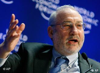 Joseph E. Stiglitz, en el foro de Davos 2009.