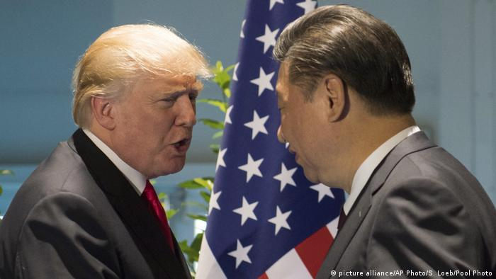 Donald Trump und Xi Jinping (picture alliance/AP Photo/S. Loeb/Pool Photo)