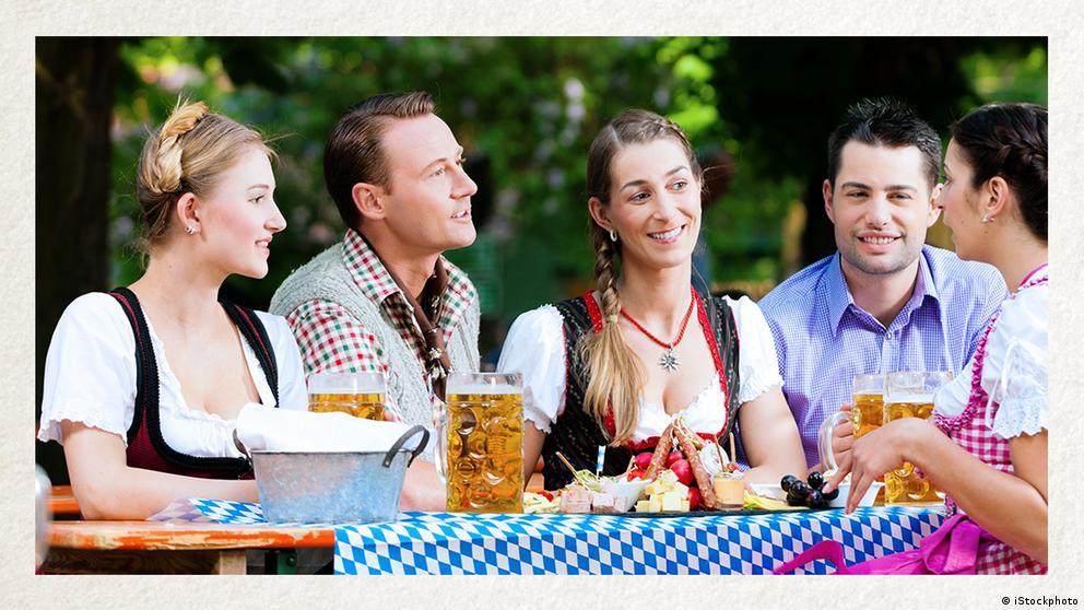 Deutschkurse | Wortschatz | WBS_Foto_Biergarten