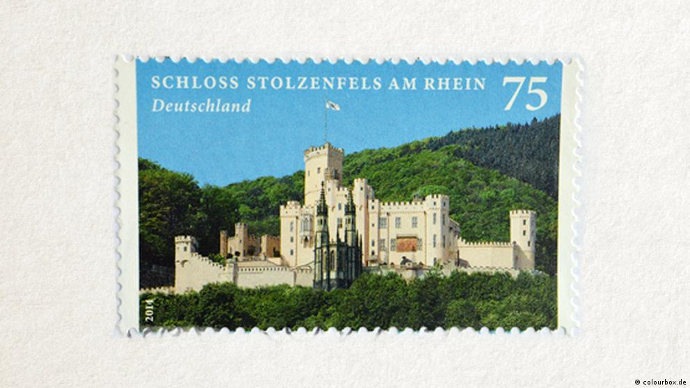Deutschkurse | Wortschatz | WBS_Foto_Briefmarke
