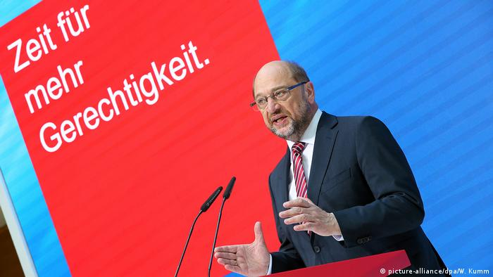 Schulz mauls Merkel as German vote nears