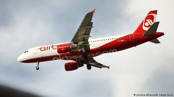 Deutschland Air Berlin (picture-alliance/A. Karpe-Gora)