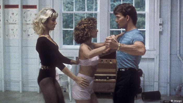 Cynthia Rhodes, Patrick Swayze and Jennifer Grey practicing in Dirty Dancing 1987 (Imago)