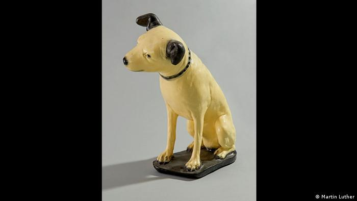 Nipper the dog from the portrait His Masters Voice at the exhibition Oh Yeah Pop Music in Germany in Frankfurt. (Photo: Martin Luther)