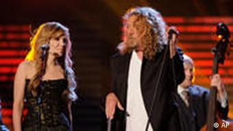 Alison Krauss, left, and Robert Plant