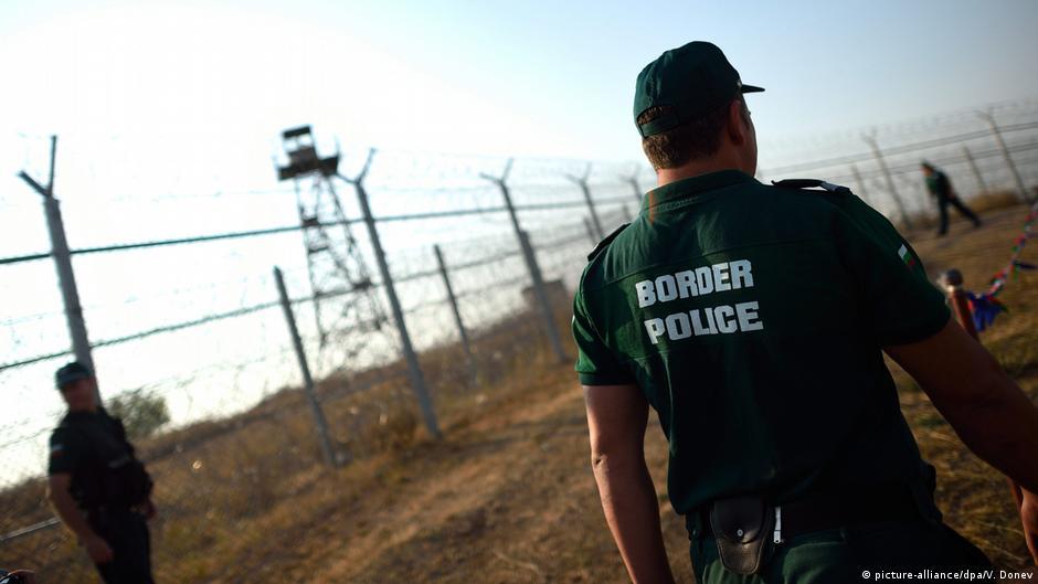 Mbrojtja e kufijve të jashtëm të BE   Në raste nevoje me armë