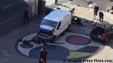 Spanien Barcelona Lieferwagen fährt in Menschenmenge