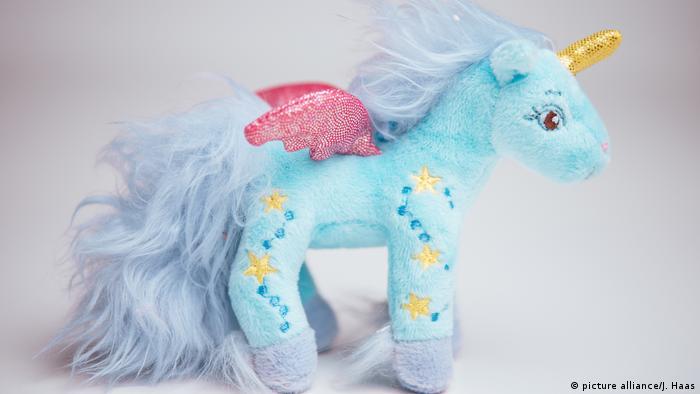 Stuffed toy unicorn (picture alliance/J. Haas)