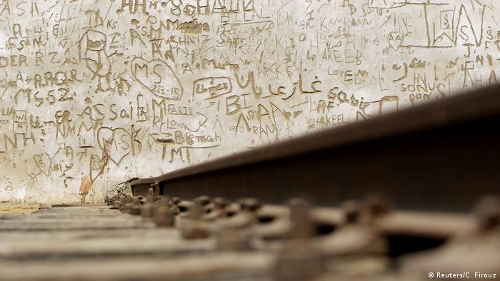 7. Pakistan Probleme bei der Wiederbelebung der Karachi Bahn (Reuters/C. Firouz)