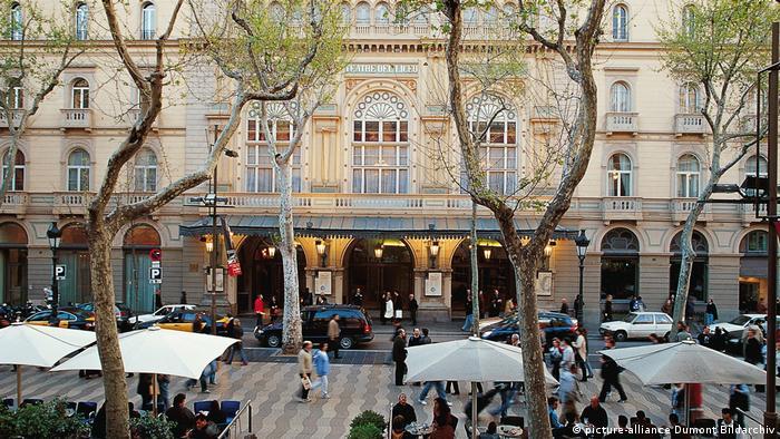 Spanien Barcelona - Gran Teatre del Liceu (picture-alliance Dumont Bildarchiv)