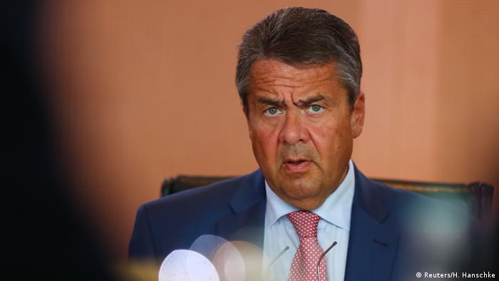 Deutschland Außenminister Sigmar Gabriel (Reuters/H. Hanschke)