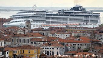 Στη Βενετία η κατάσταση με τα κρουαζιερόπλοια είναι συχνά απελπιστική
