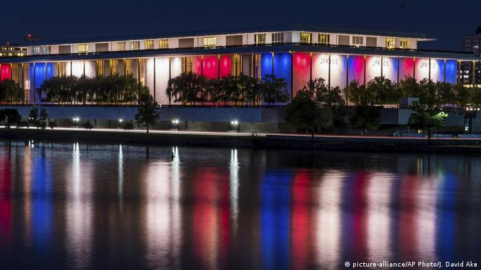 Washington Kennedy Center for the Performing Arts (picture-alliance/AP Photo/J. David Ake)