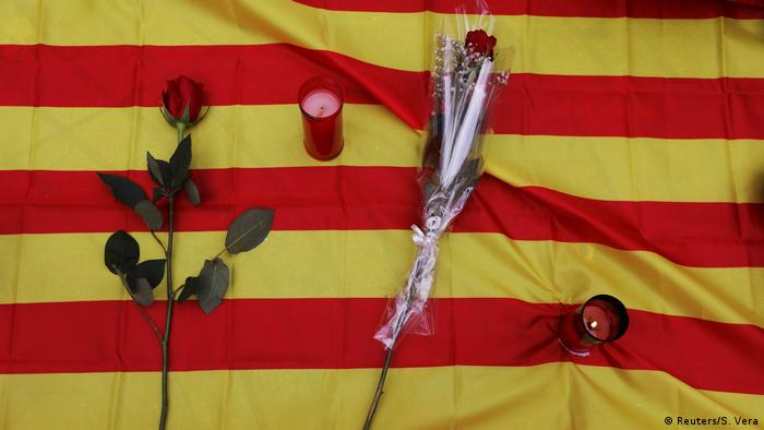 A memorial left on Las Ramblas in Barcelona (Reuters/S. Vera)