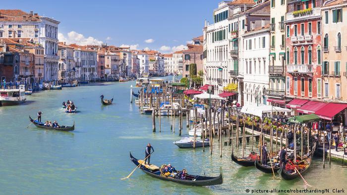 Italien Venedig - Grand Canal (picture-alliance/robertharding/N. Clark)