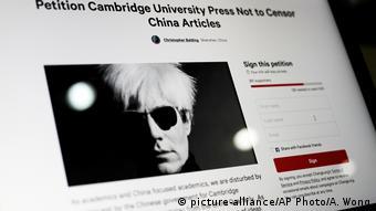 Cambridge University Press (picture-alliance/AP Photo/A. Wong)