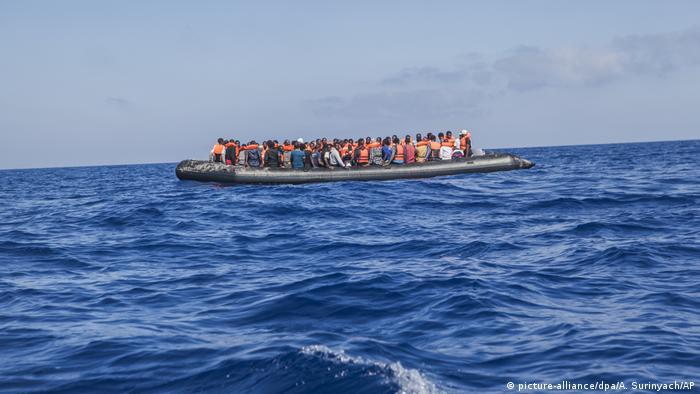 Libya kıyılarında 100 kadar sığınmacı kayıp