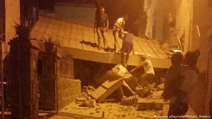 Разрушения в результате землетрясения на острове Искья