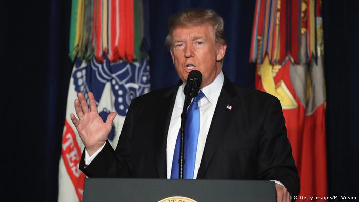 Donald Trump speaks at Fort Myer