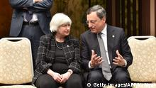ARCHIV 2016*****European Central Bank President Mario Draghi (R) talks with Chair of the Board of Governors of the Federal Reserve System Janet L. Yellen (L) during a photo session of the G7 Finance Ministers and Central Bank Governors' Meeting in the hot spring town in Sendai on May 20, 2016. Finance ministers and central bankers from the G7 kick off meetings in Japan on May 20 as they look to breathe life into the wheezing global economy. / AFP / KAZUHIRO NOGI (Photo credit should read KAZUHIRO NOGI/AFP/Getty Images)