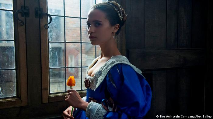 Film still from Tulip Fever, 2017 (The Weinstein Company/Alex Bailey)