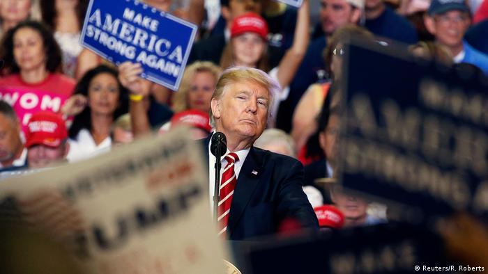 USA Präsident Donald Trump in Phoenix