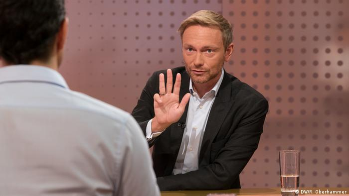 DW interview with Christian Lindner (DW/R. Oberhammer)