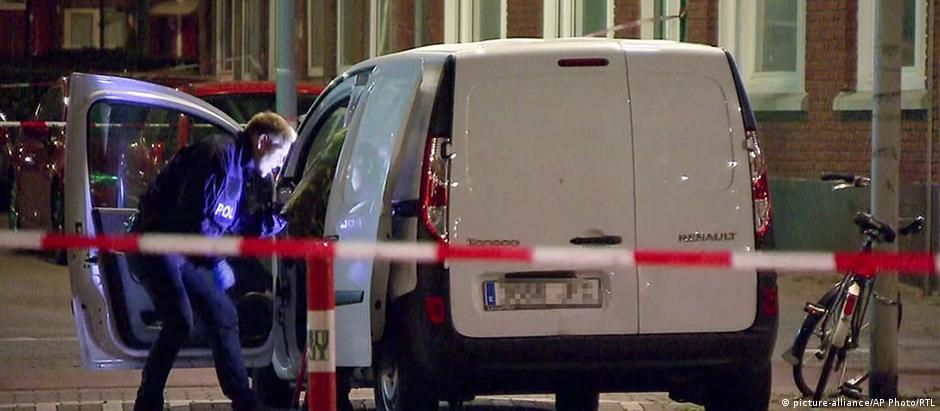 Prefeito de Roterdã diz que ainda não é possível determinar relação da van com a ameaça terrorista