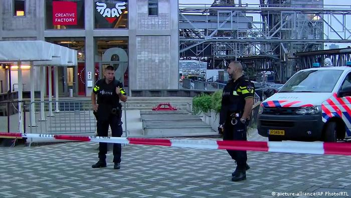 Niederlande Terrorwarnung - Rockkonzert in Rotterdam abgesagt (picture-alliance/AP Photo/RTL)
