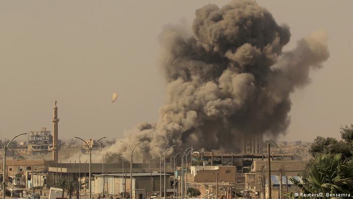 Syrien Kämpfe um Rakka (Reuters/Z. Bensemra)