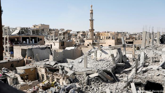 IŞİD'in başkent ilan ettiği Rakka çatışmalar sonrası enkaza dönüştü