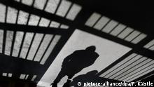 Symbolbild Gefängnis Verhaftung
