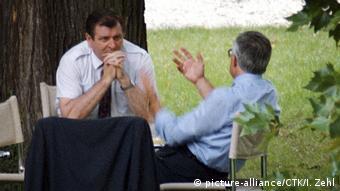 Vaclav Klaus and Vladimir Meciar in Tugendhat Villa, Brno