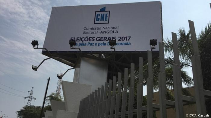 Angola National Election Commision (DW/A. Cascais)