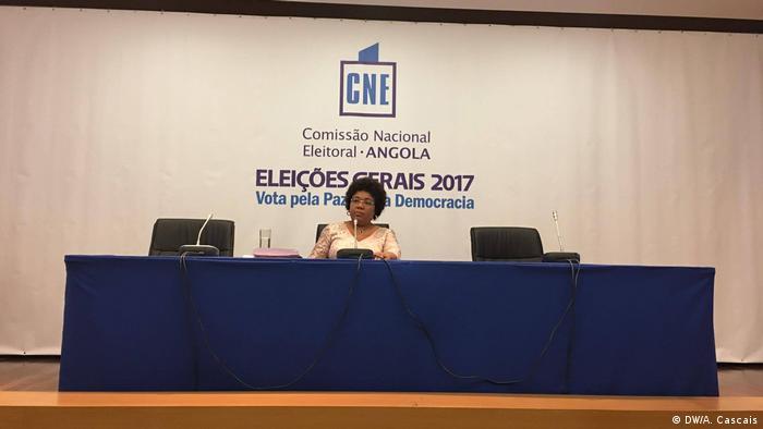 Totais nacionais provisórios foram anunciados pela porta-voz da CNE, Júlia Ferreira