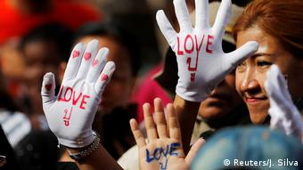 Thailand Proteste wegen Haftbefehl gegen Yingluck Shinawatra (Reuters/J. Silva)
