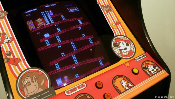 Donkey Kong arcade game with Super Mario (Foto: Imago/T. Frey)