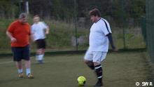 Videostill aus SWR-Beitrag, Verwendung als Vorschaubild für Fokus Europa gegeben Titel: FOED-Großbritannien Tags: Fußball, Übergewicht, Diät, Sport