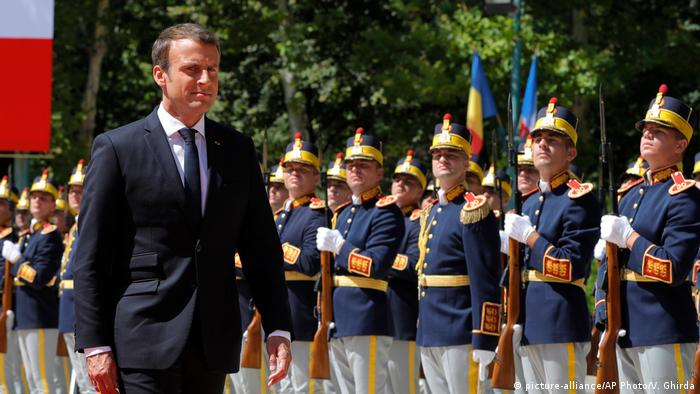 Emmanuel Macron la București / 24 aug. 2017 (picture-alliance/AP Photo/V. Ghirda)