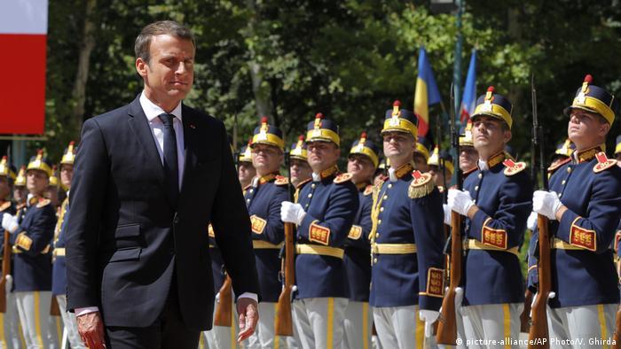 Emmanuel Macron la București / 24 aug. 2017 (picture-alliance/AP Photo/V. Ghirda)