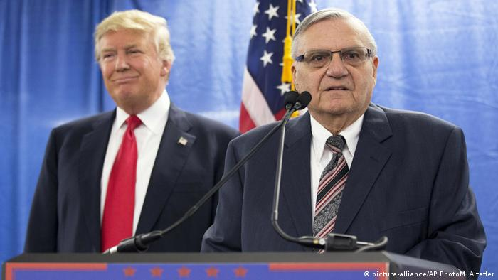 Donald Trump, Joe Arpaio (picture-alliance/AP PhotoM. Altaffer)