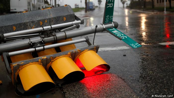 Traffic lights knocked over in Corpus Christi (Reuters/A. Latif)