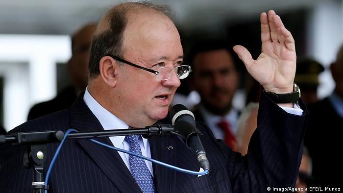 Kolumbien Luis Carlos Villegas (imago/Agencia EFE/L. Munoz)