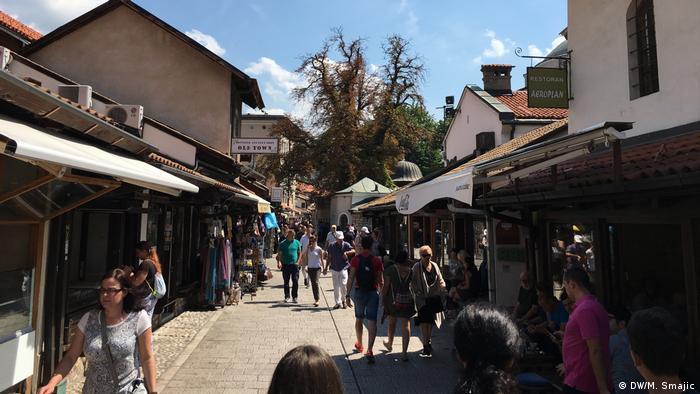 Bosnien und Herzegowina Basar in der Altstadt von Sarajevo